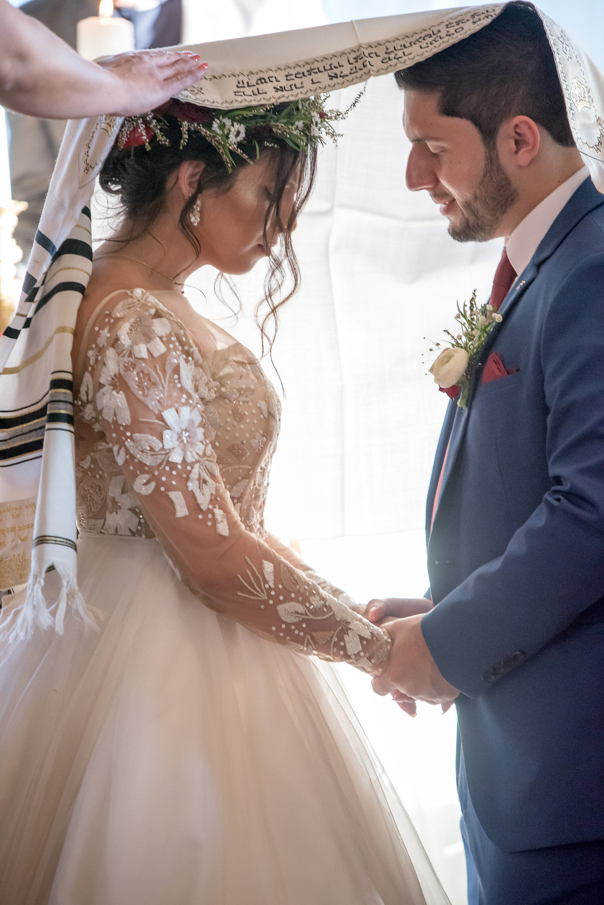 Jewish mantle wedding