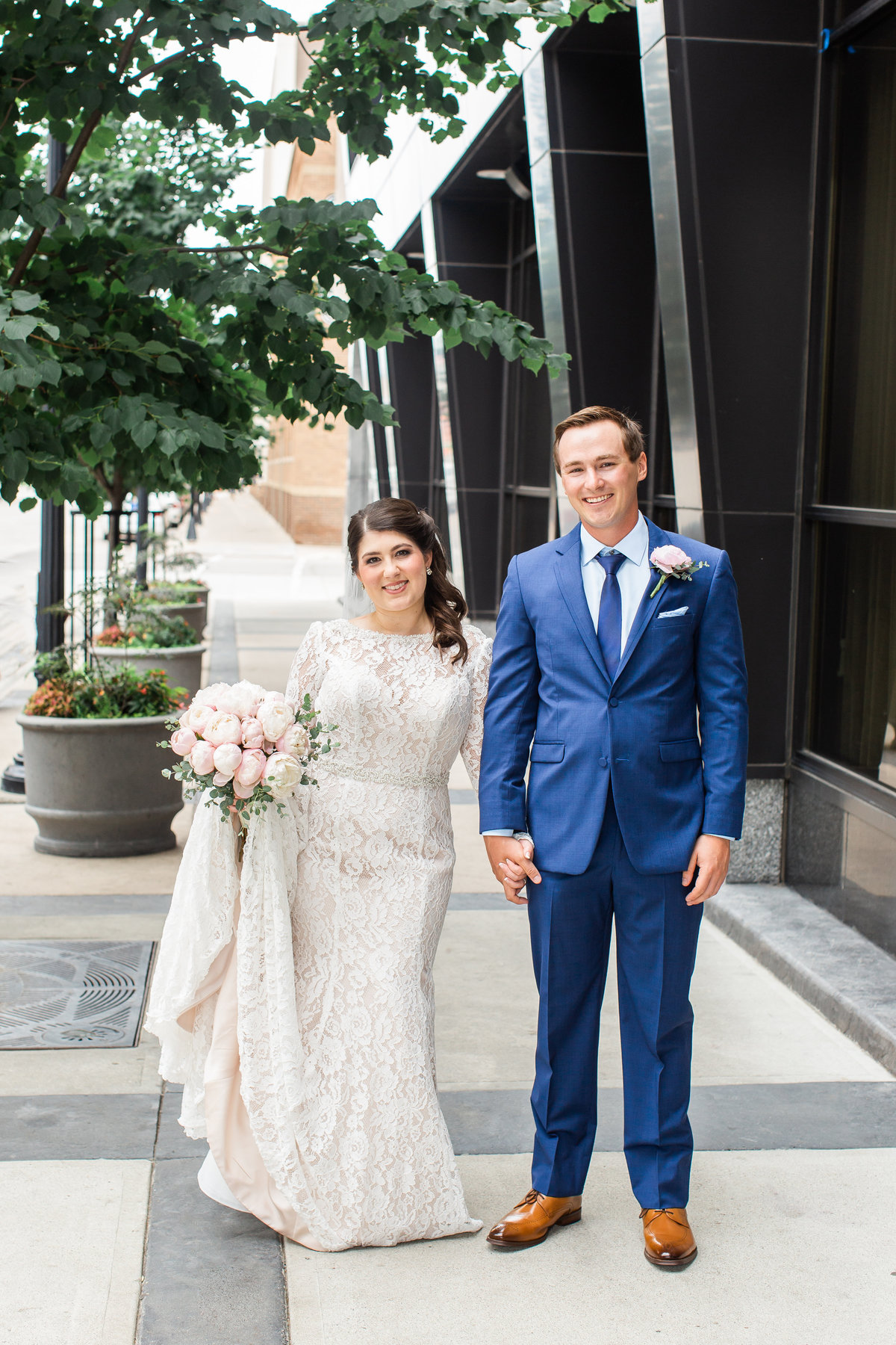 Downtown Fargo Wedding Photos (3)