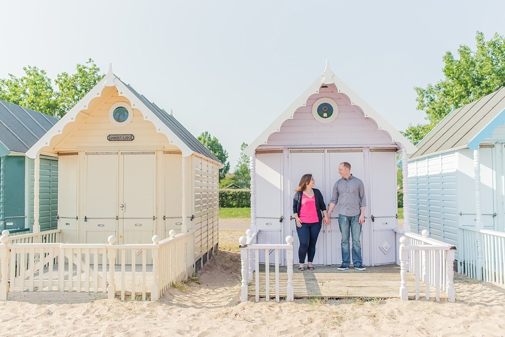 west-mersea-beach-huts-engagement-photos-kerrie-mitchell-photography_0005