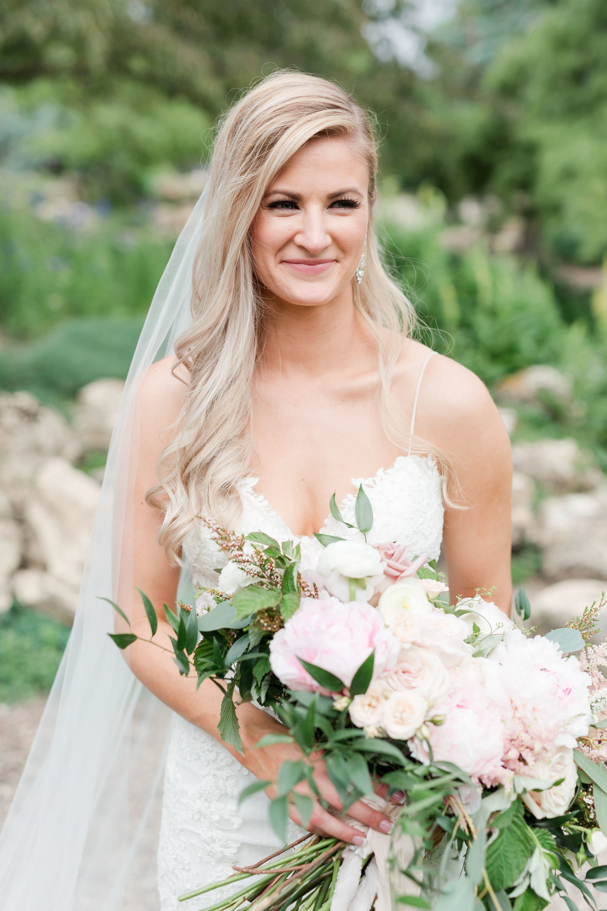 Maison Meredith Photography Wisconsin Wedding Photographer Real Wedding Two 042