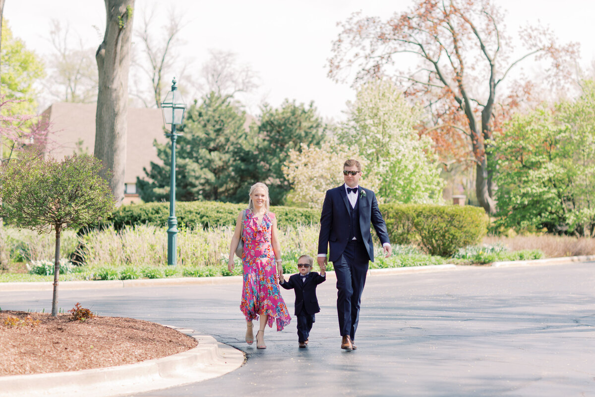 TiffaneyChildsPhotography-ChicagoWeddingPhotographer-Chloe+Jon-HinsdaleCountryClubWedding-FamilyFormals-1