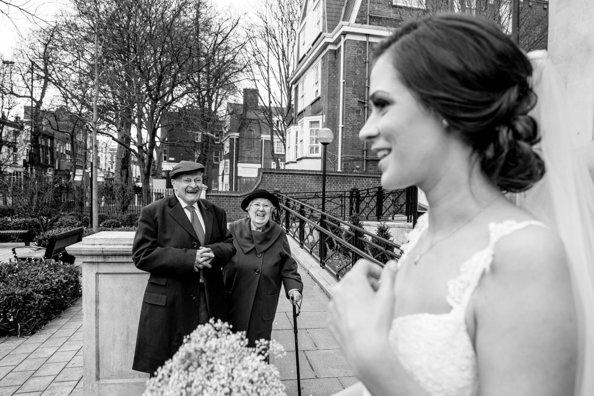 ISLINGTON TOWN HALL WEDDING (2)