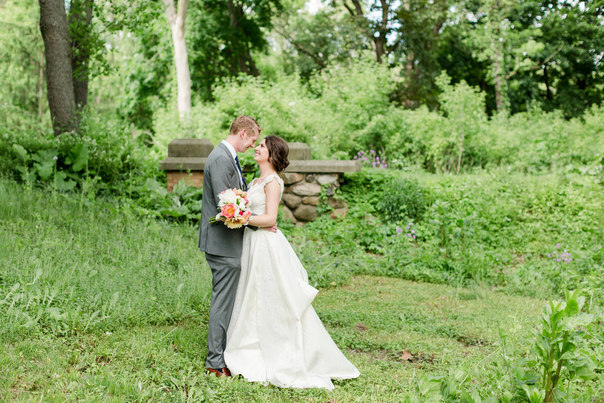 Maison Meredith Photography Wisconsin Wedding Photographer Real Wedding Four 027