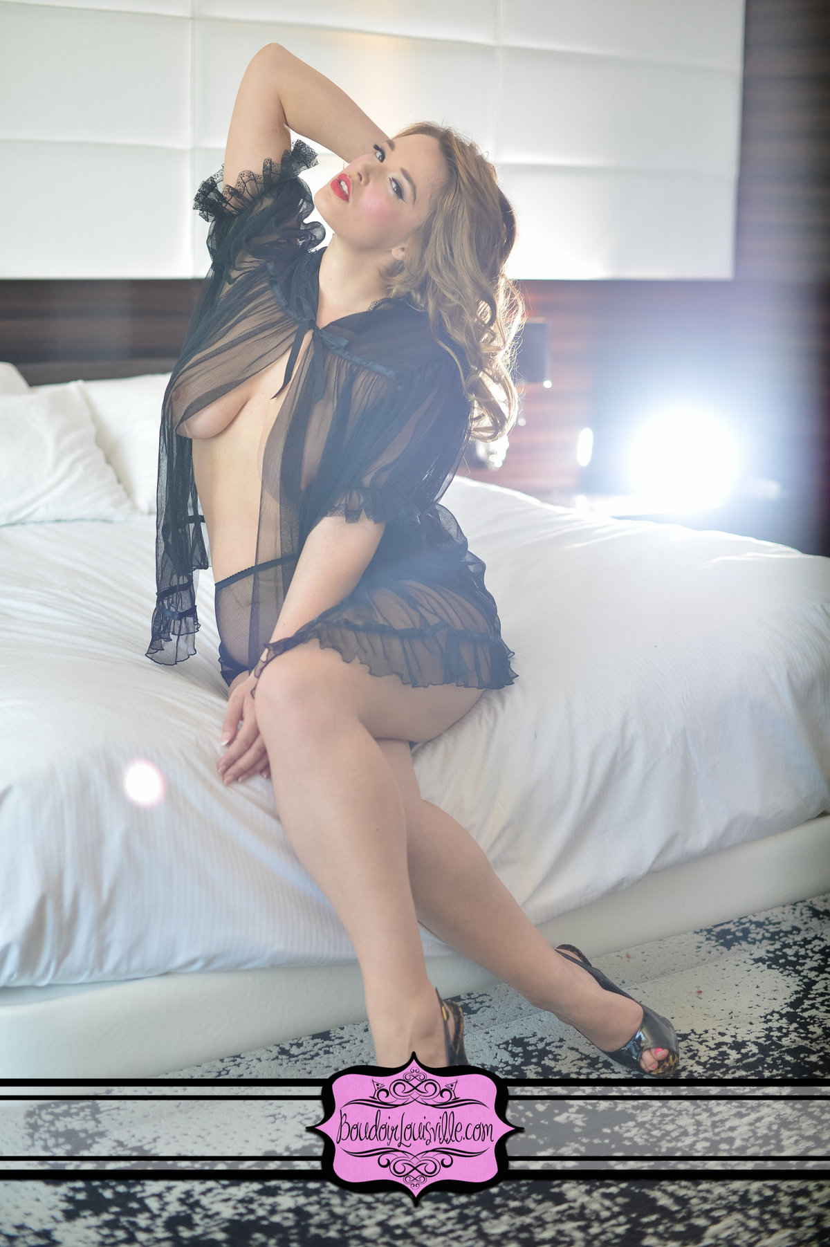Boudoir Louisville - On Location Boudoir Photo ShootsPhotographers-48