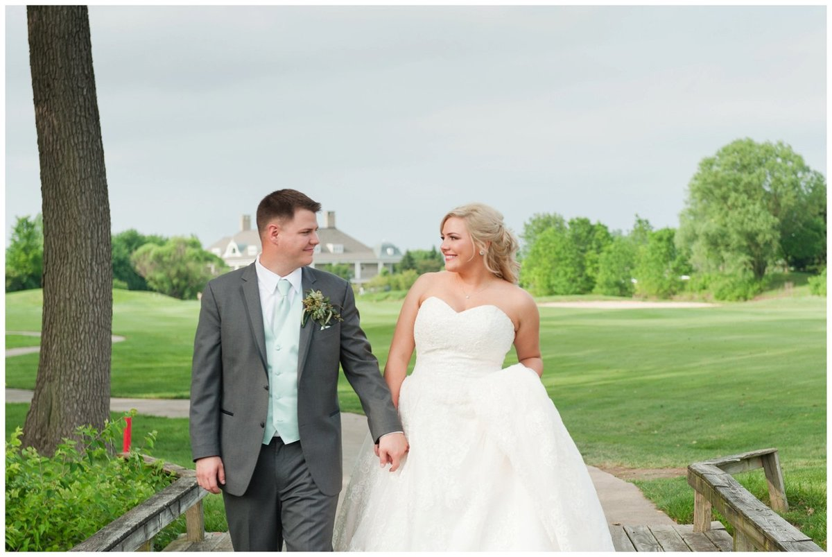 Heritage golf and country club wedding hilliard ohio wedding photos_0070