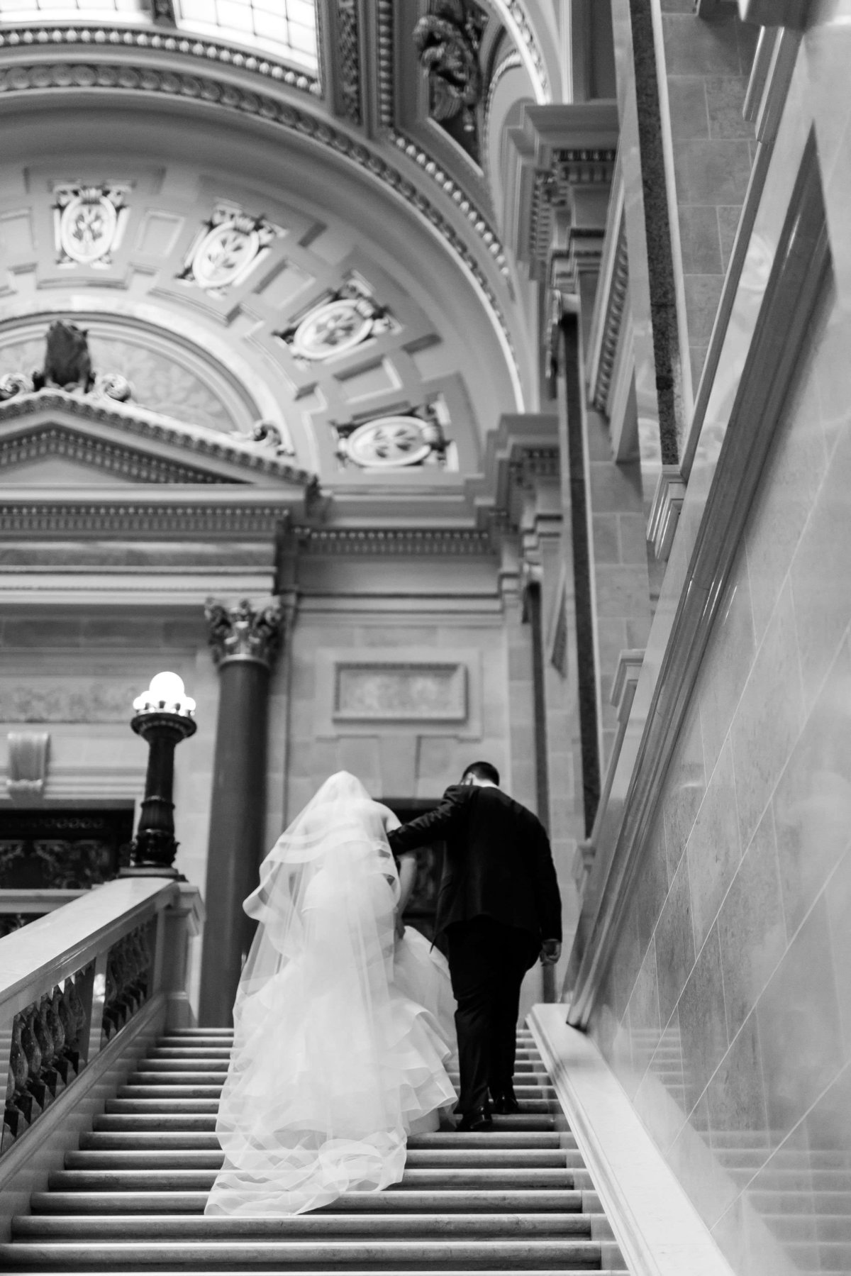 Maison Meredith Photography Wisconsin Wedding Photographer Real Wedding Three 039