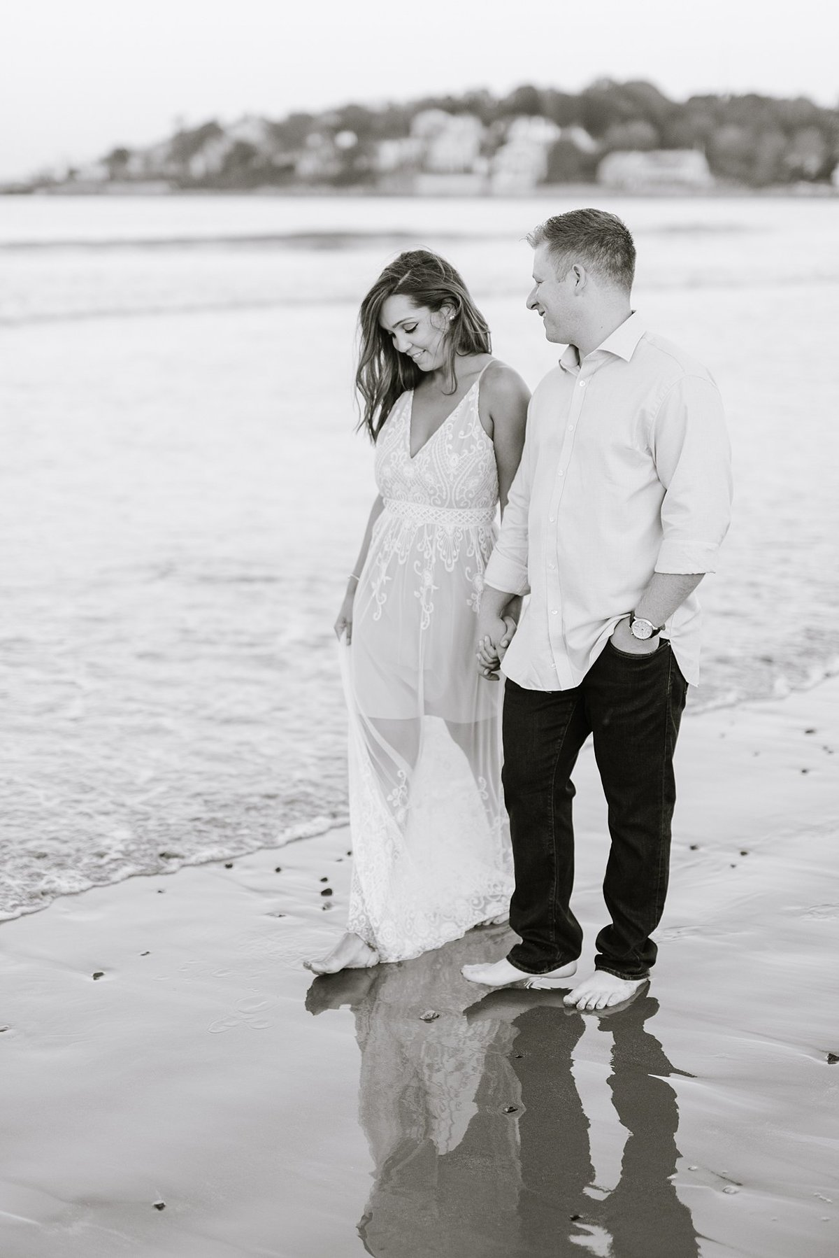nahant-beach-engagement-session-boston-wedding-photographer-photo_0023