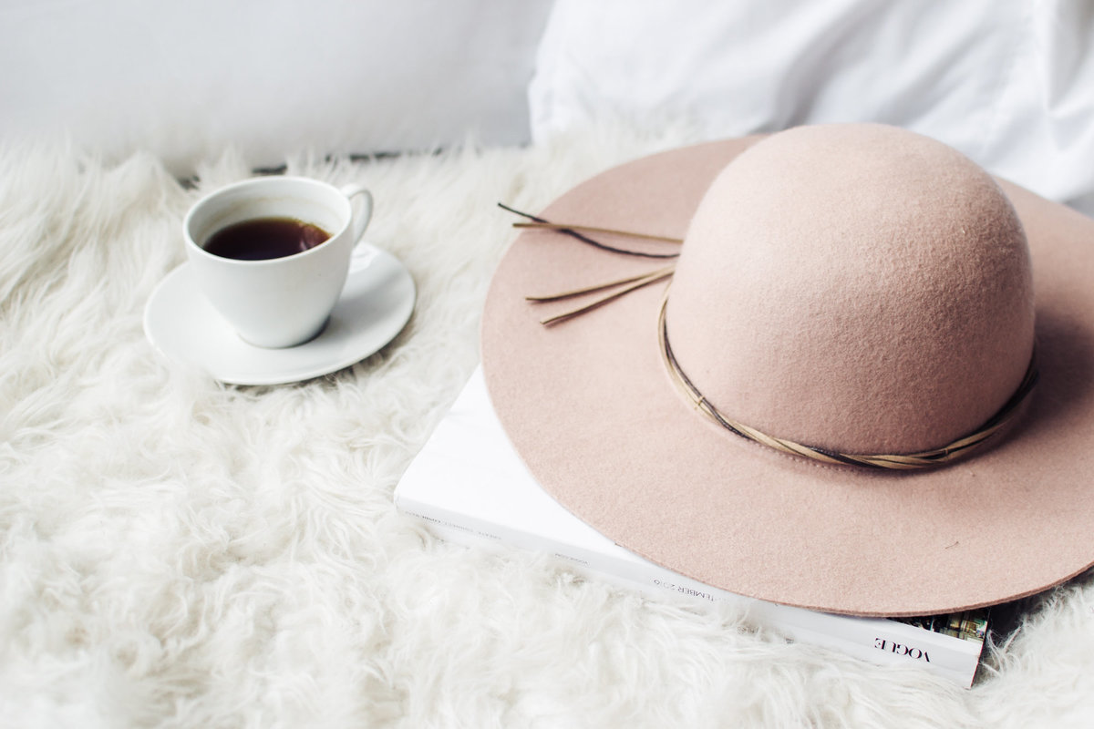 Lifestyle Magazine Hat Tea