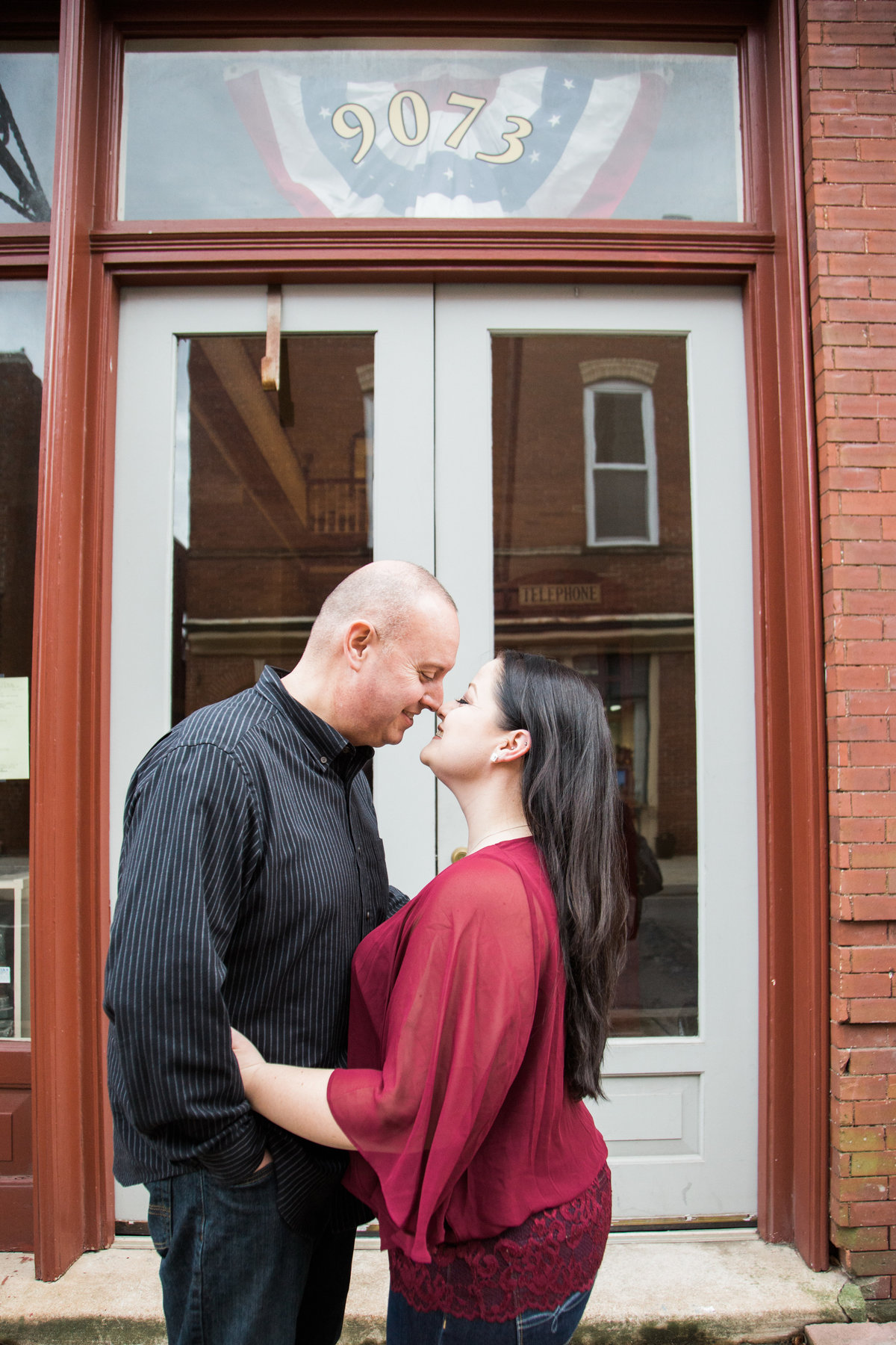 Lynsi and Phillip - Virginia Portrait Photographer - Photography by Amy Nicole-379-4
