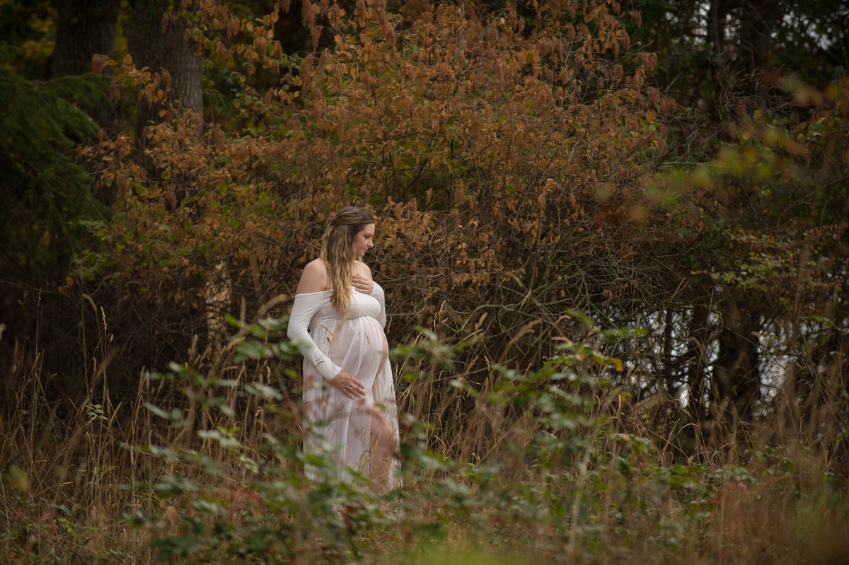 Kelowna Okanagan Maternity Photography Suzanne Le Stage-1