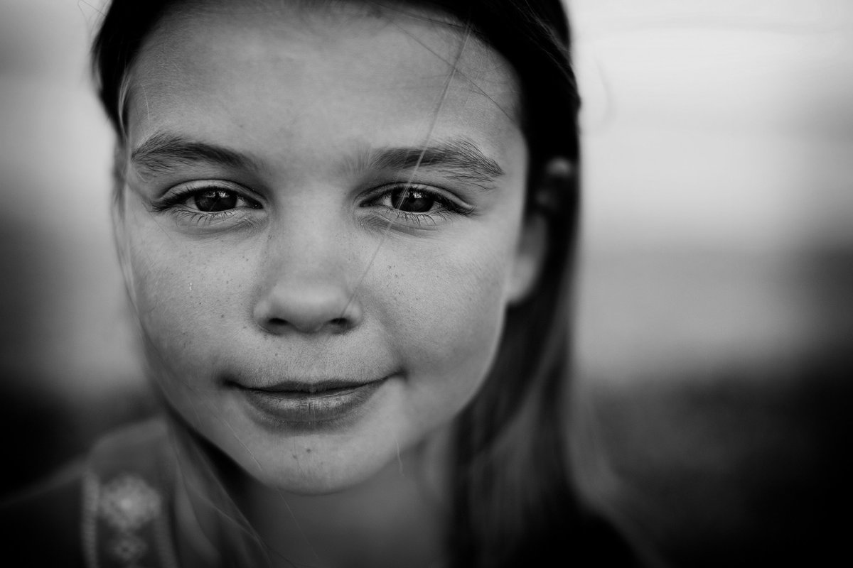 summer kellogg photography;portraits;child photography;fine art;black and white