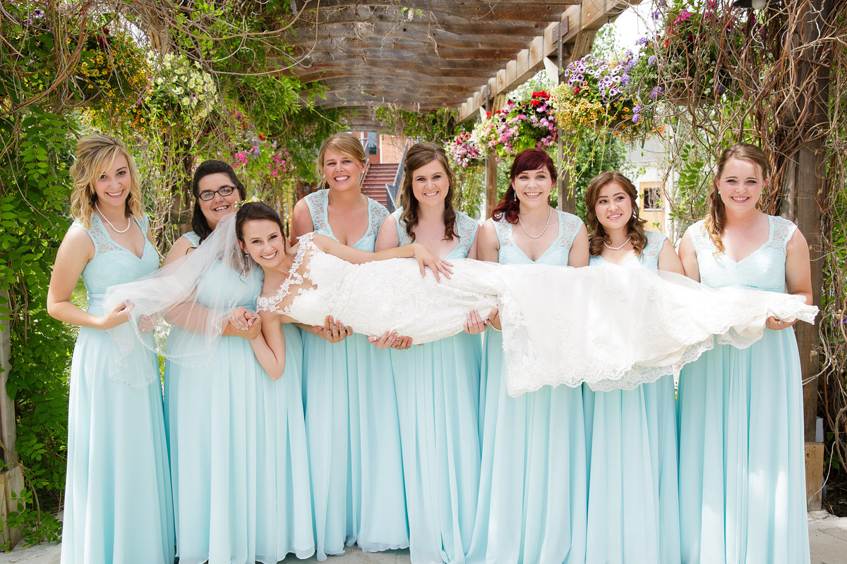cute-bride-and-bridesmaids-shot