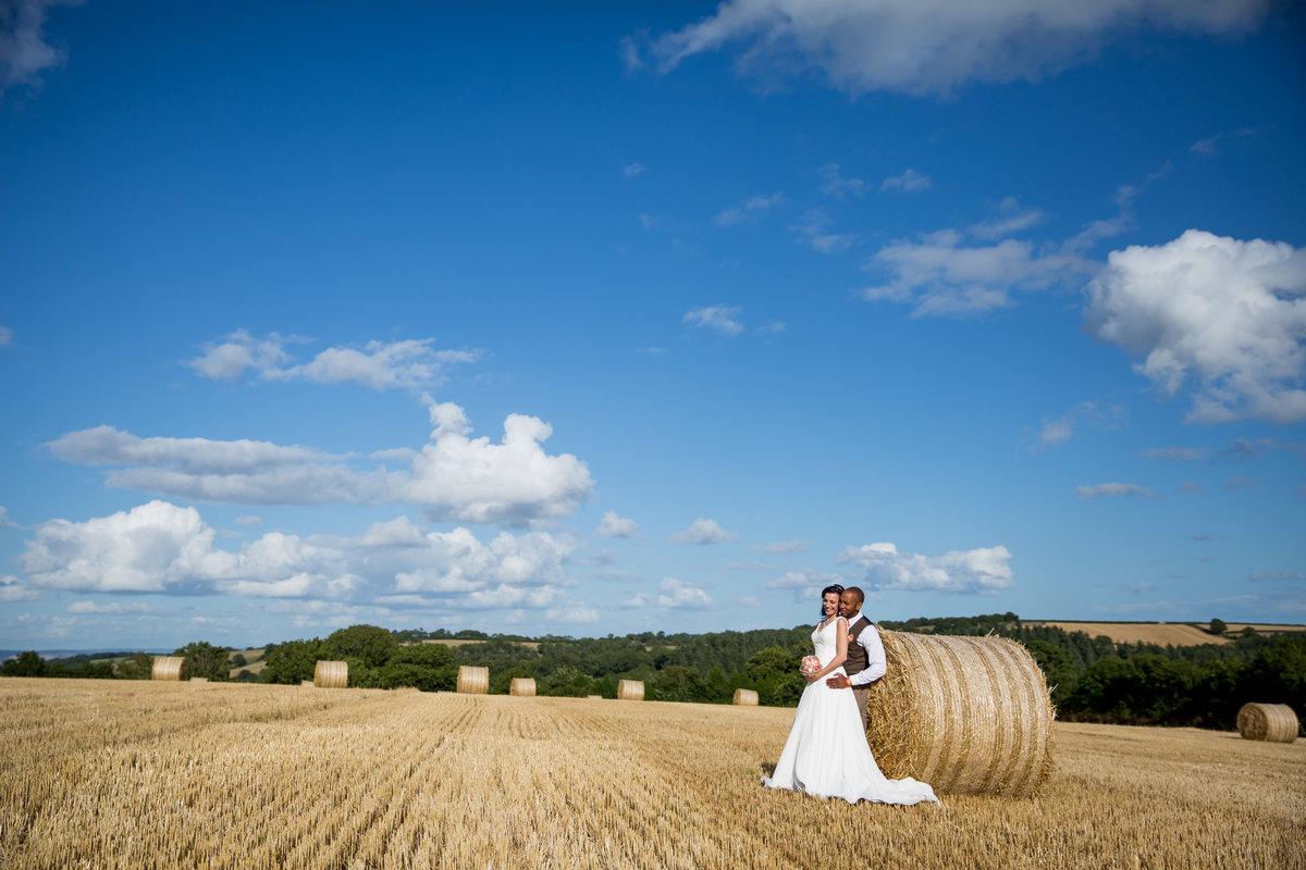 wedding photography at the oak barn devon in july