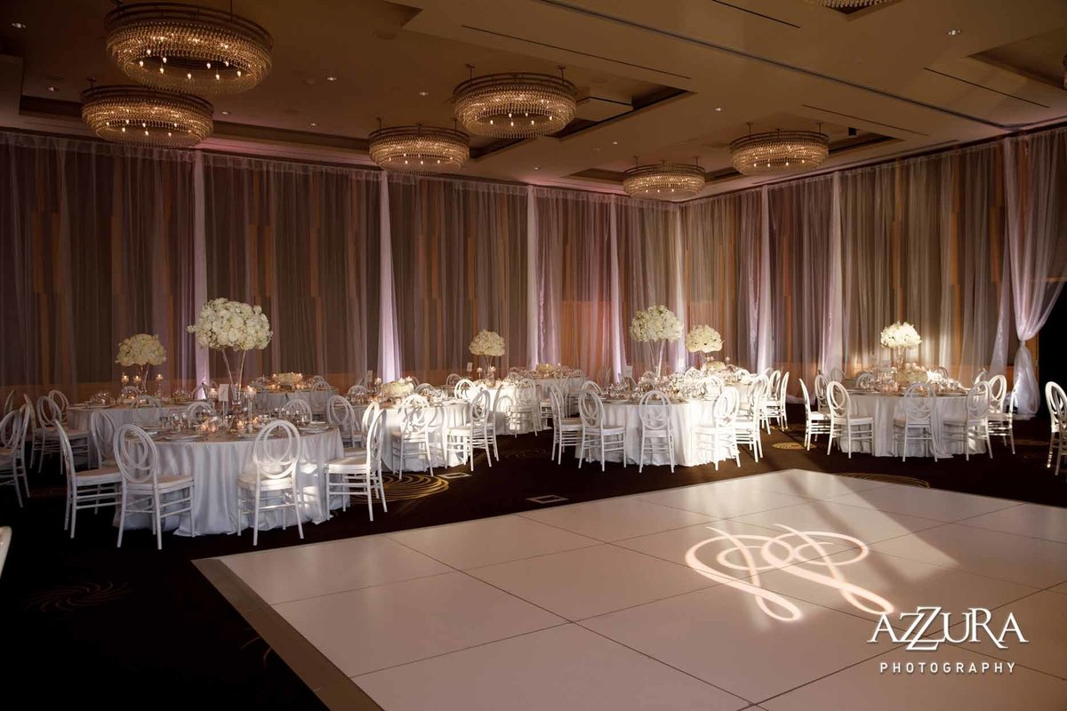 93luxe-four-seasons-wedding-Flora-Nova-Design