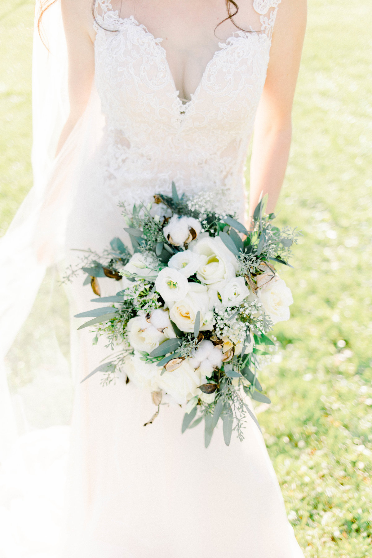 Mallory-McClure-Photography-bridal-bouquet