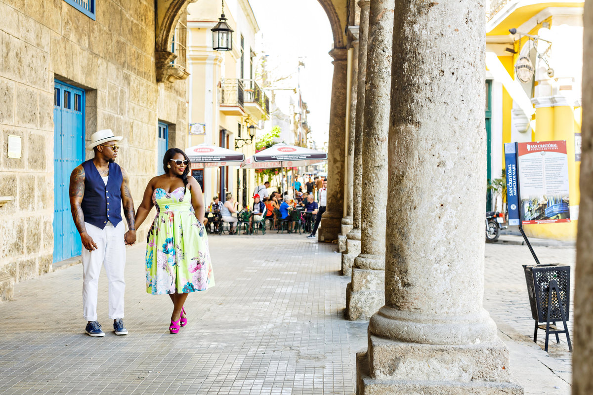 AmyAnaiz_Makini_Regal_Destination_Engagement_Havana_Cuba_038