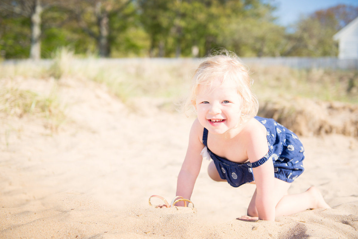 beach family portrait photography in traverse city michigan