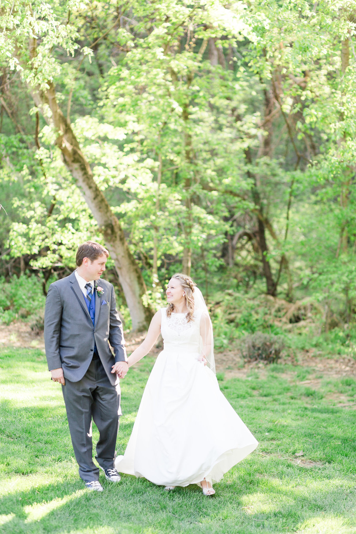 woodland-place-vinton-va-wedding-amber-spencer-bride-groom-photos-98