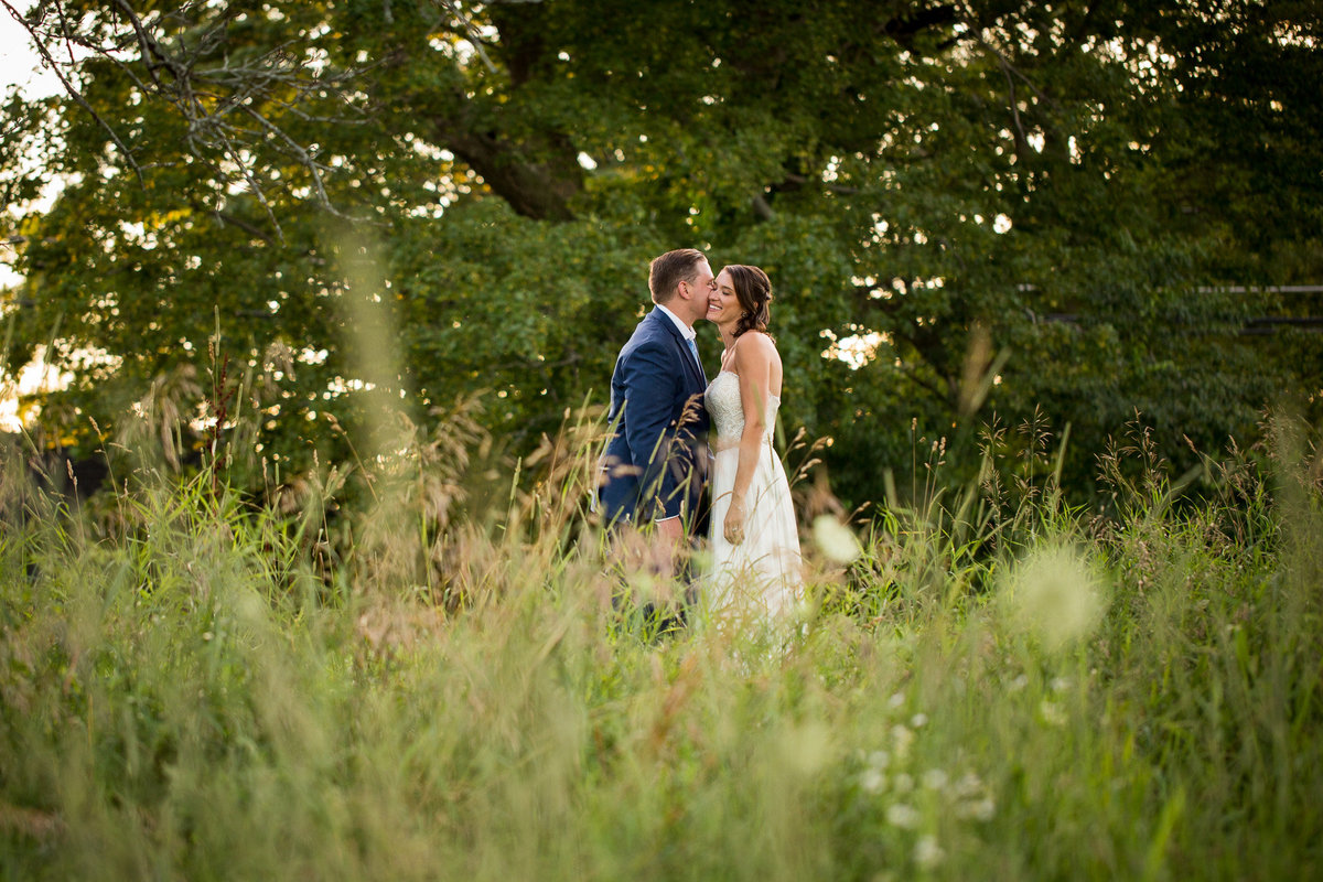 0801-laurentom-lowres-Bunnell-Farm-CT-Wedding-Photographer