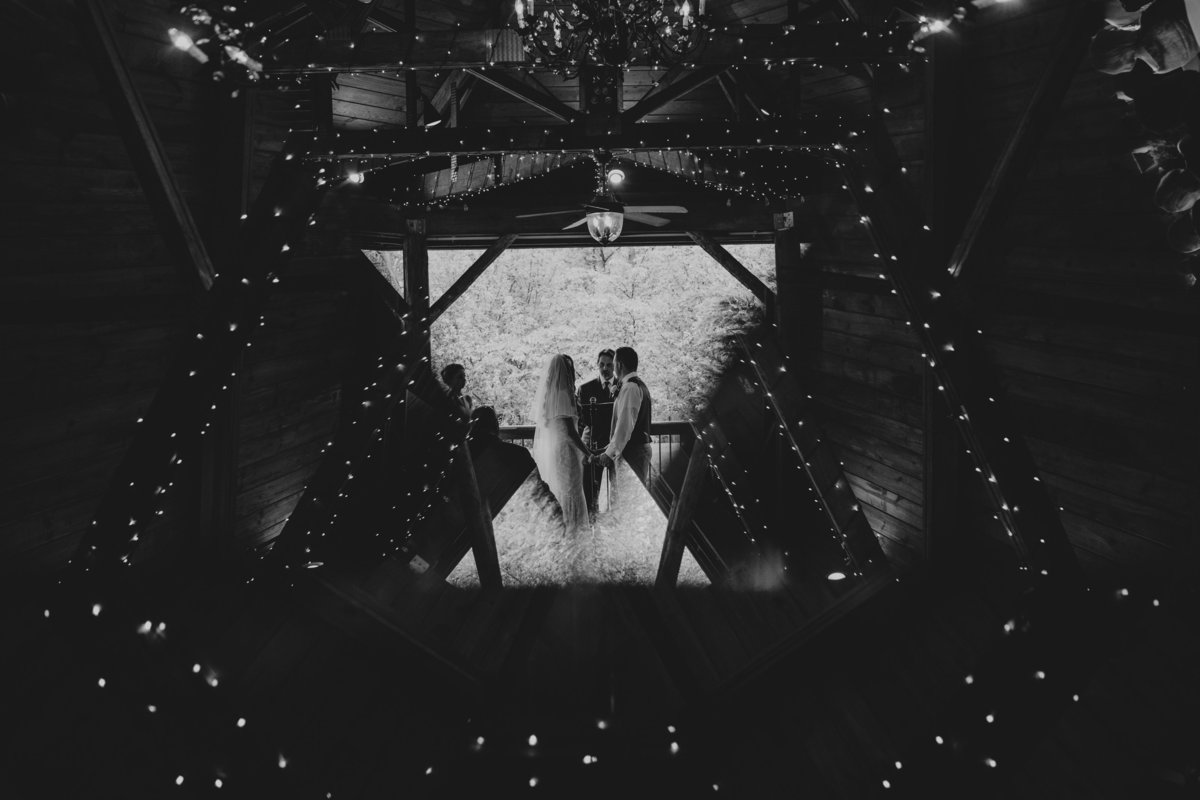Unique-Pitssburgh-Wedding-Photographers-45