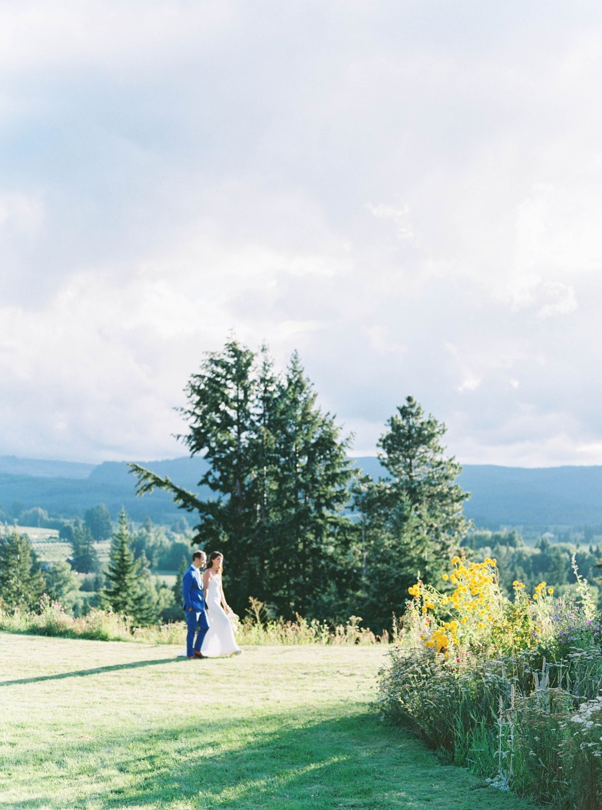 oregonwedding_mthoodorganicfarms_mthoodwedding527