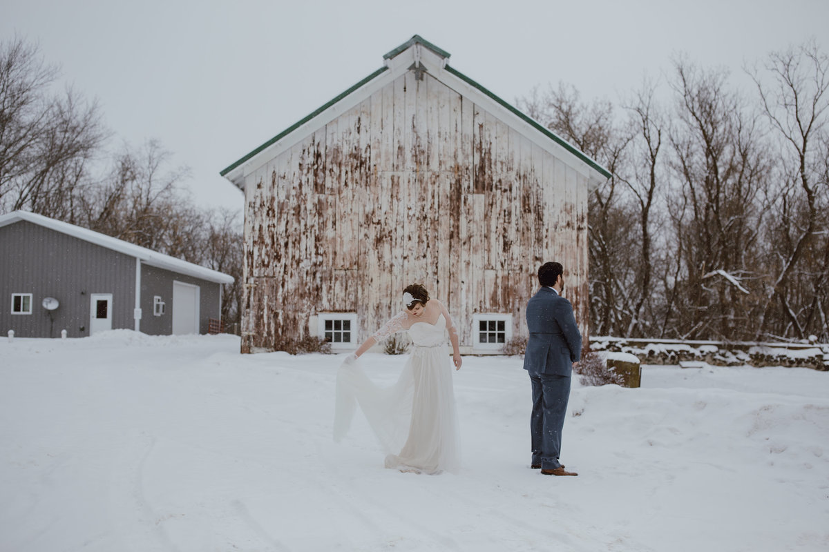 Barn-at-Harvest-Moon-Pond-Wedding-by-Megan-Saul-Photography (54 of 392)
