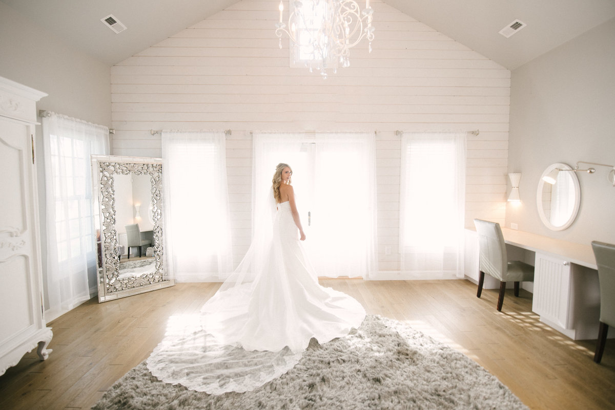 farmhouse bridal suite