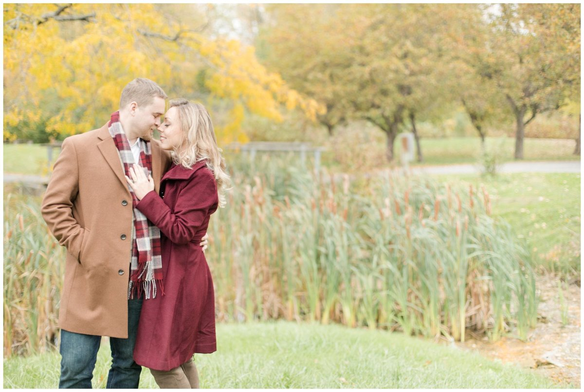 Light-and-Airy-Ottawa-Wedding-Photographer-Fall-Andrew-Haydon-Park-Engagement
