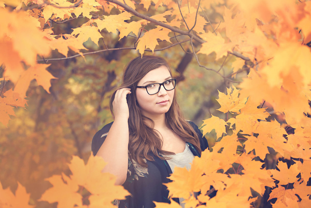 fall color senior picture
