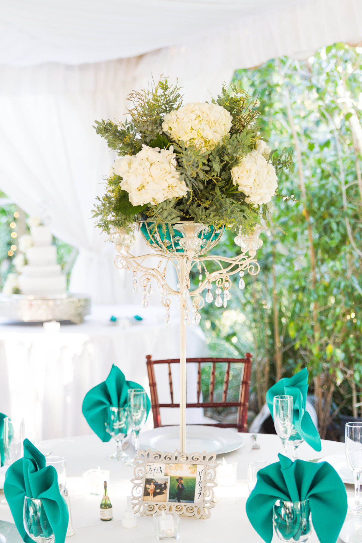 38-Twin Oaks house and garden wedding photo-San-Diego, California Wedding
