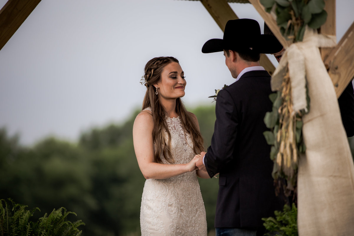 Nsshville Bride - Nashville Brides - The Hayloft Weddings - Tennessee Brides - Kentucky Brides - Southern Brides - Cowboys Wife - Cowboys Bride - Ranch Weddings - Cowboys and Belles098