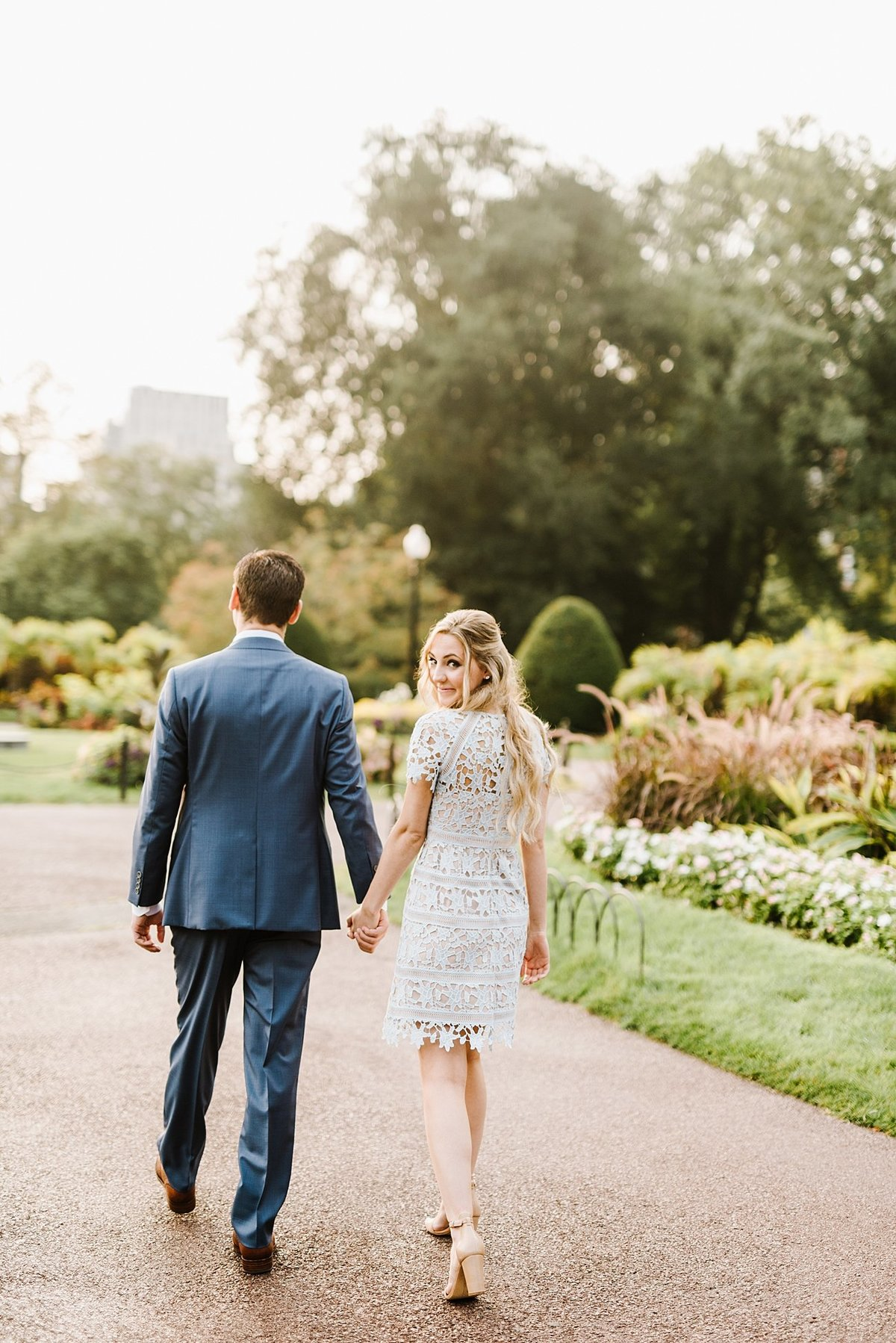 boston-public-garden-beacon-hill-boston-wedding-photographer-engagement-photo_0006