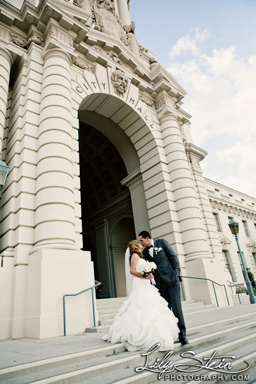 pasadena-city-hall-wedding-los-angeles-our-lady-queen-of-angels-biltmore-hotel-castle-green-lily-stein-cruz-photography-52
