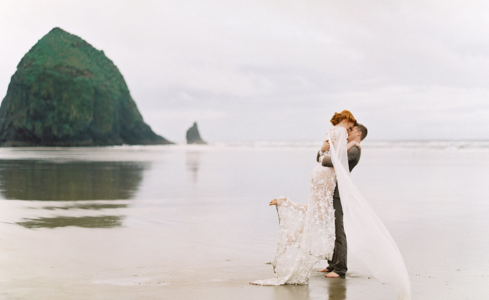 Cassie Valente Photography - Donny Zavala Oregon Coast Workshop Elopement Inspiration Cannon Beach