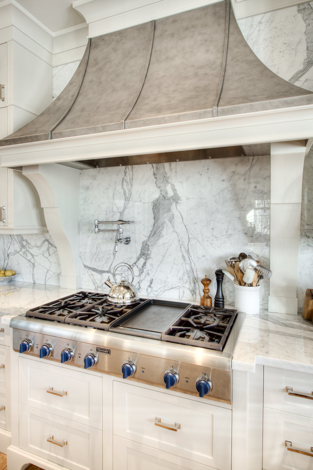 custom-stainless-steel-hood