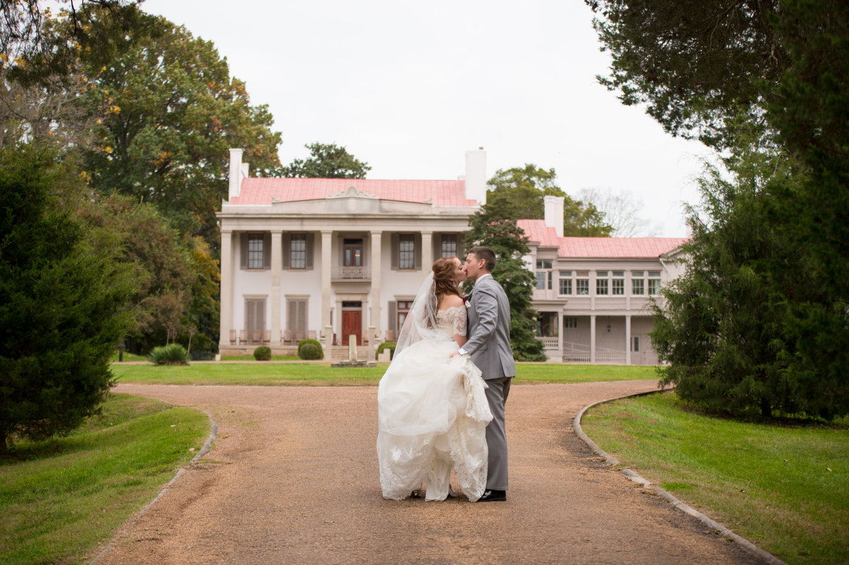 HighGravityPhotography_Nashville_Belle_Meade_Plantation_Wedding-393