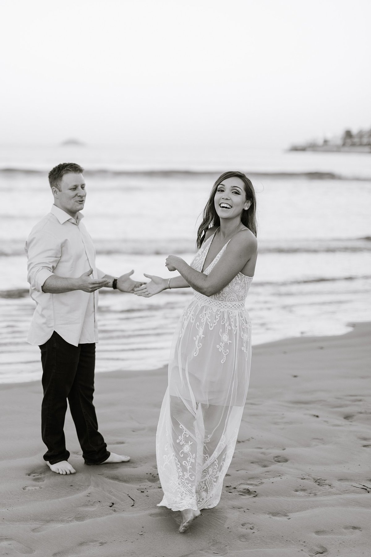 nahant-beach-engagement-session-boston-wedding-photographer-photo_0014