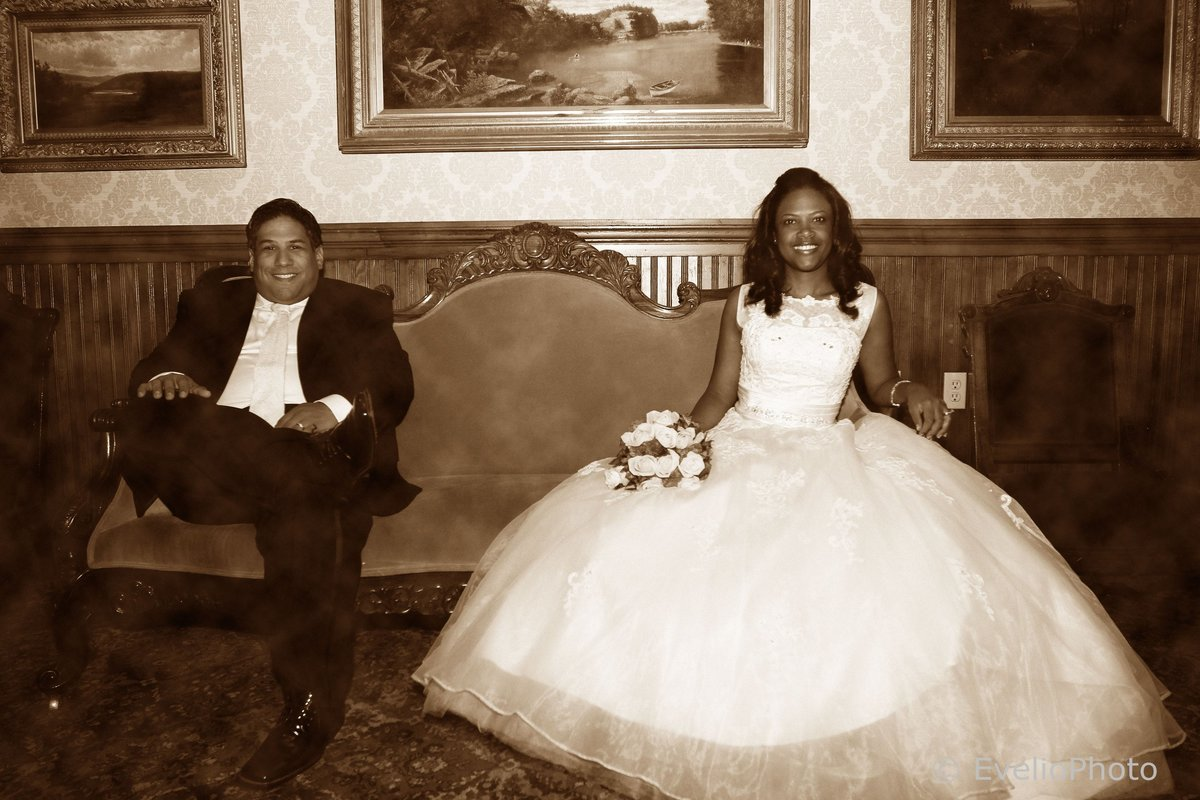 The-Gramercy-at-Lakeside-Manor-Wedding-Photos-48-0110