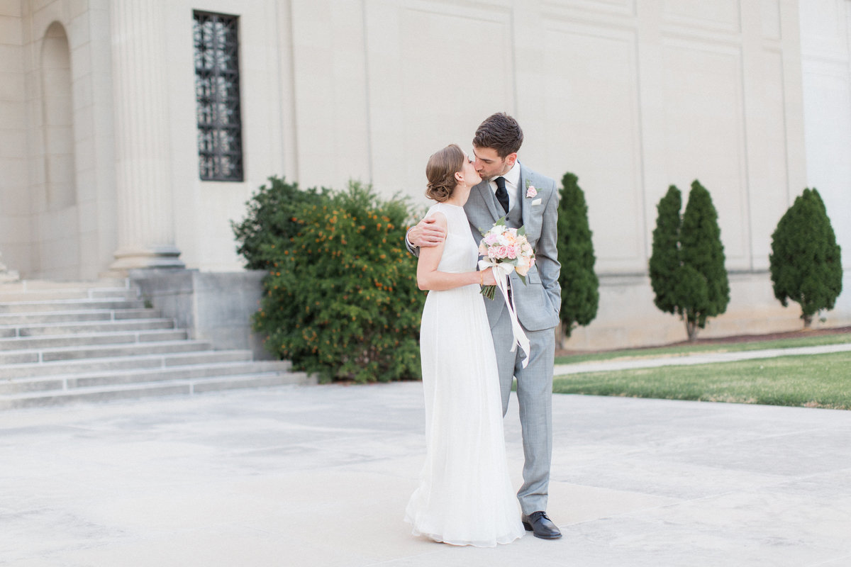 52_modern_romantic_richmond_virginia_wedding