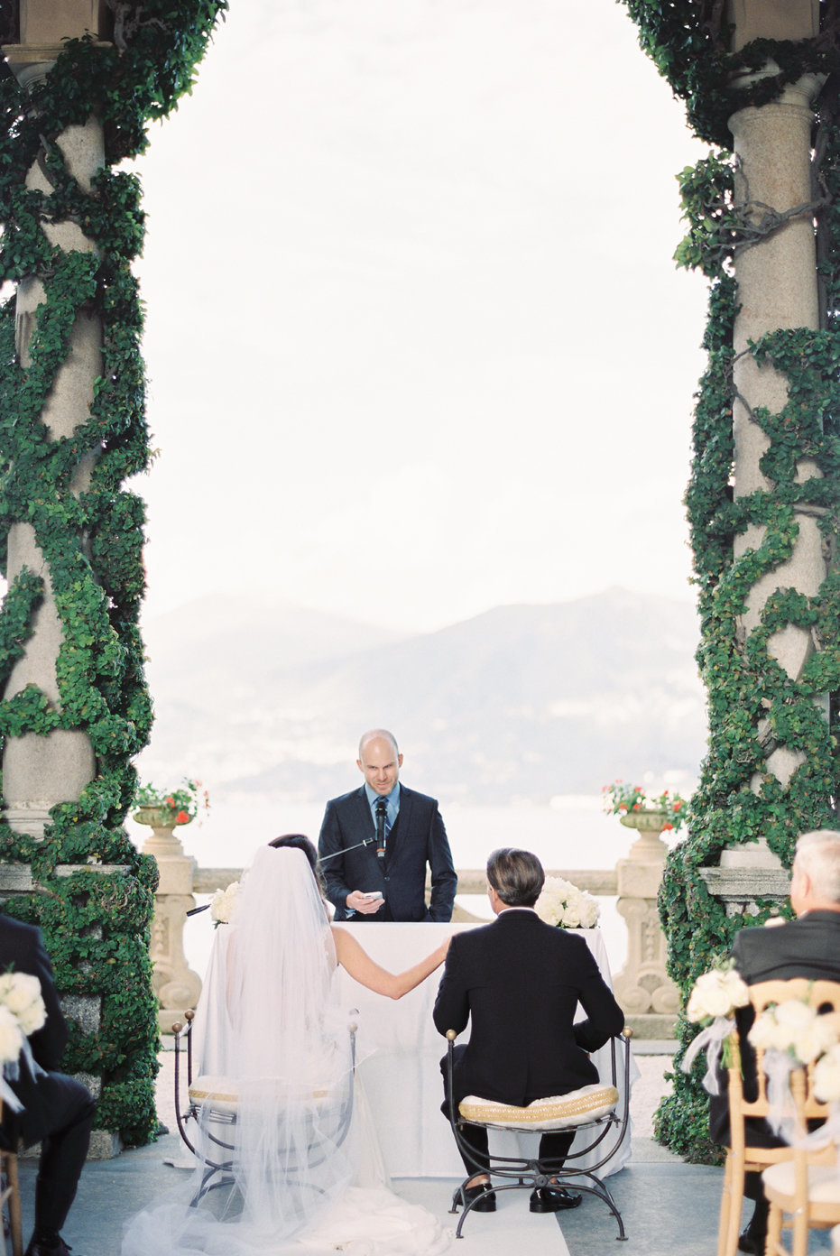 lake_como_italy_villa_balbianello_destination_wedding_melanie_gabrielle_053