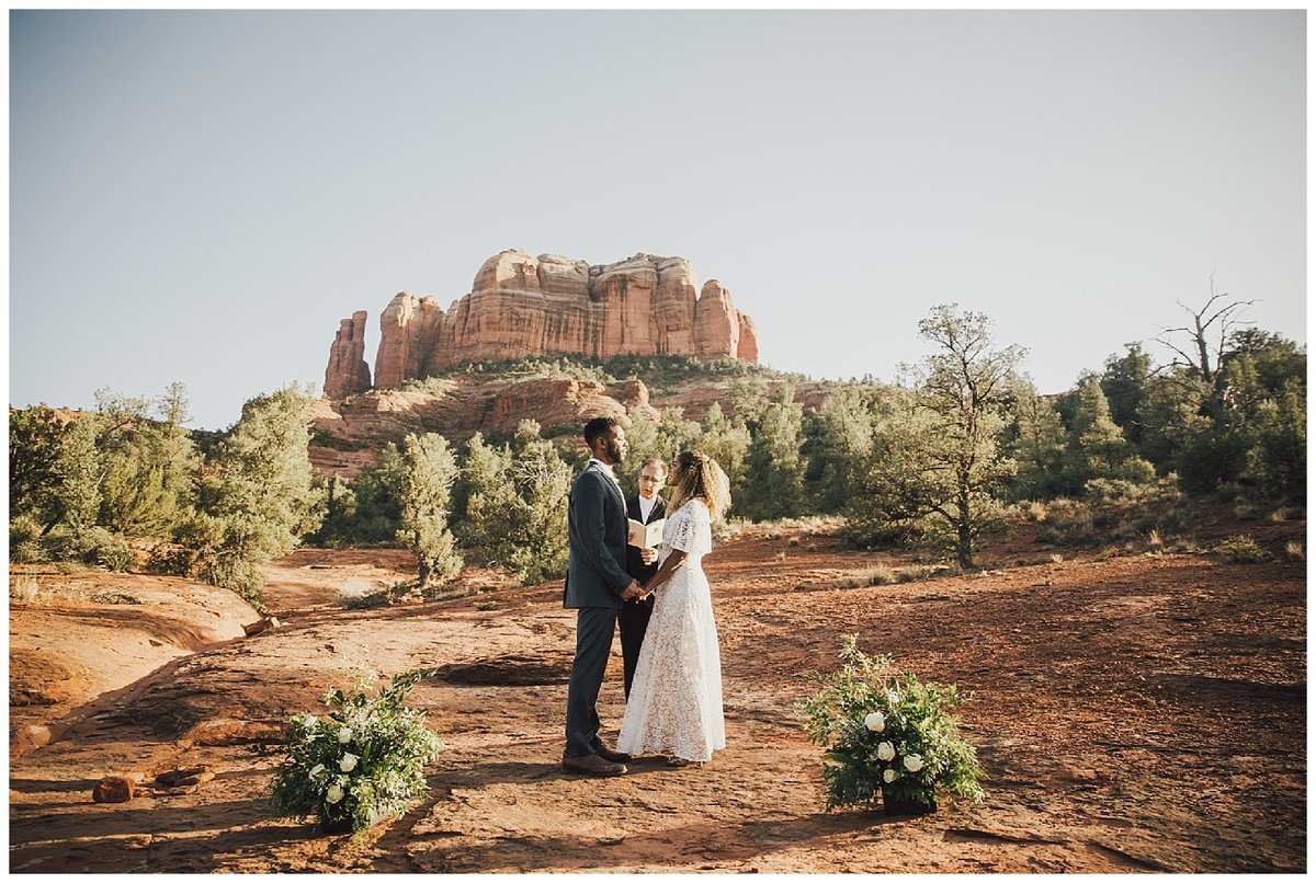 Sedona Elopement Photographer and Planner at Crescent Moon Ranch_0027