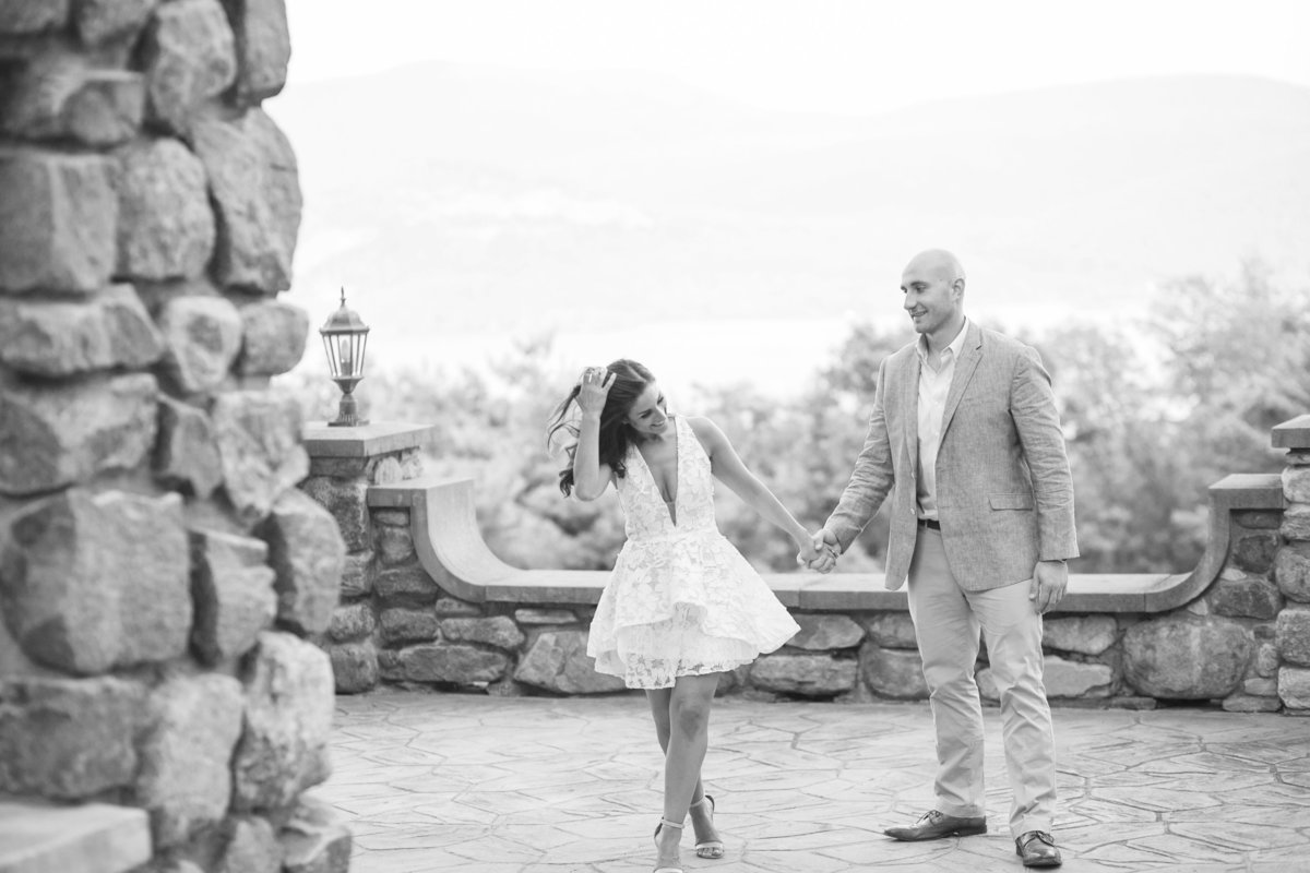 TIFFANY_WAYNE_photography_family_albany_saratoga_lifestyle_candid_love__engagement_pictures_0010