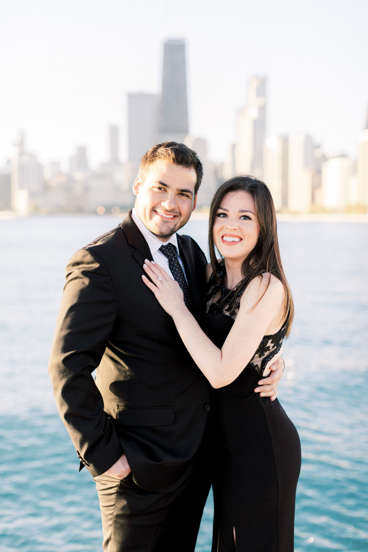 TiffaneyChildsPhotography-ChicagoWeddingPhotographer-Alana+Giancarlo-NorthAvenueBeachUnionStationEngagementSession-24
