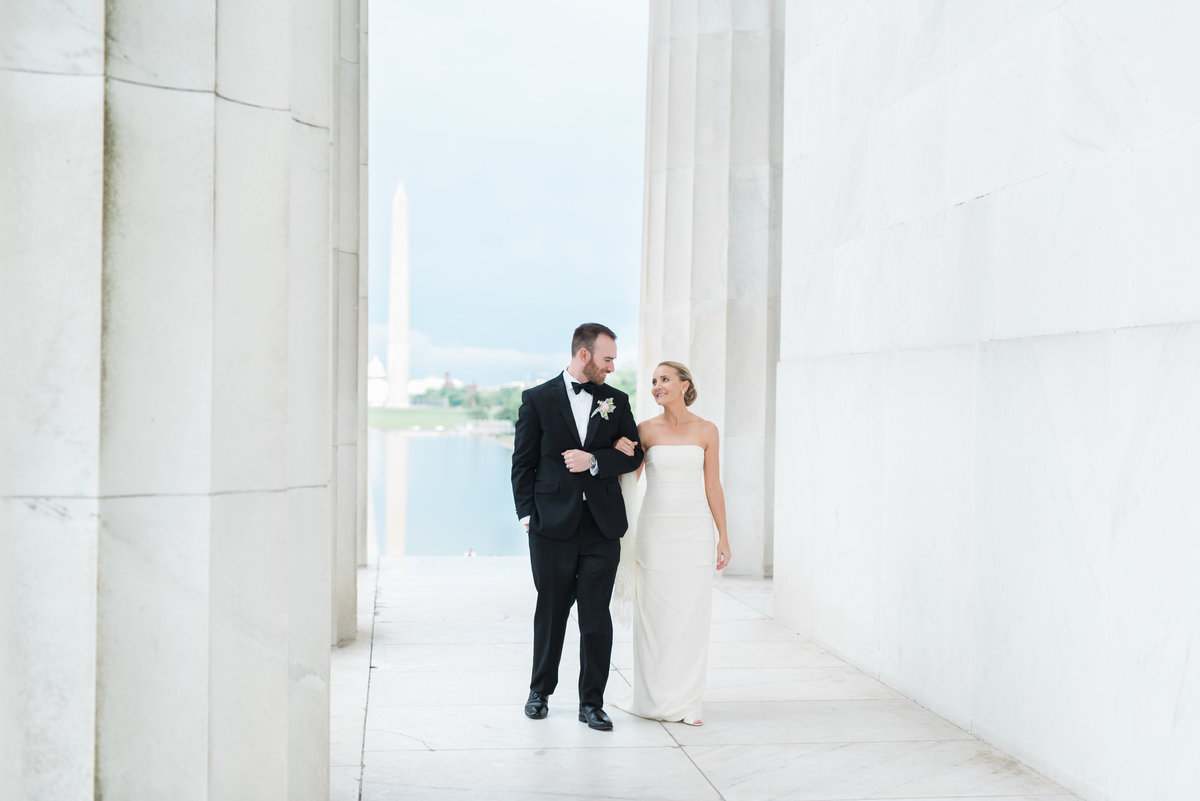 dc-washington-lincoln-memorial-wedding-photos-24