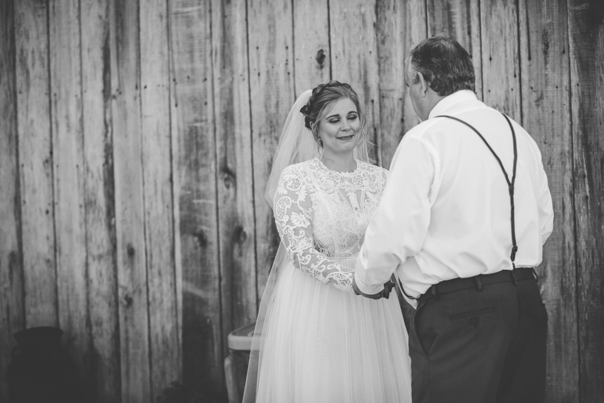 Cactus Creek Barn - Dickson Wedding - Dickson TN - Outdoor Weddings - Outdoor Wedding - Nashville Wedding - Nashville Weddings - Nashville Wedding Photographer - Nashville Wedding Photographers043