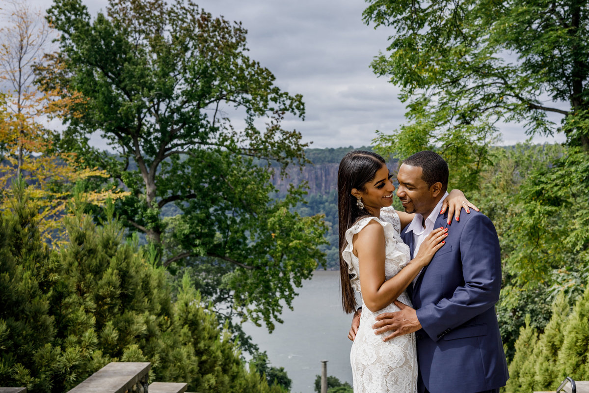 Untermyer_Gardens_Conservancy_EngagementSession_AmyAnaiz_009