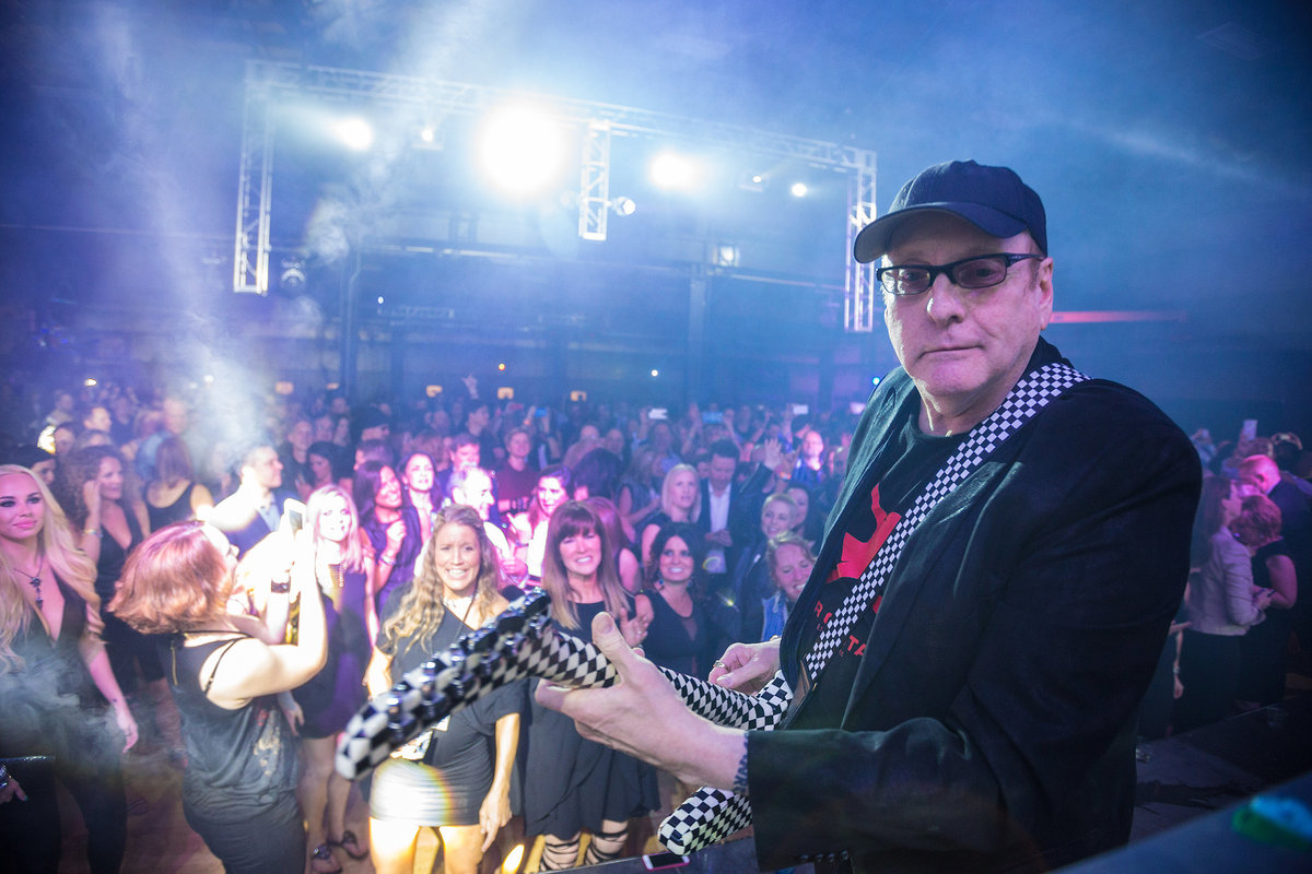 rick Nielson from Cheap Trick performs in Rockford illinois