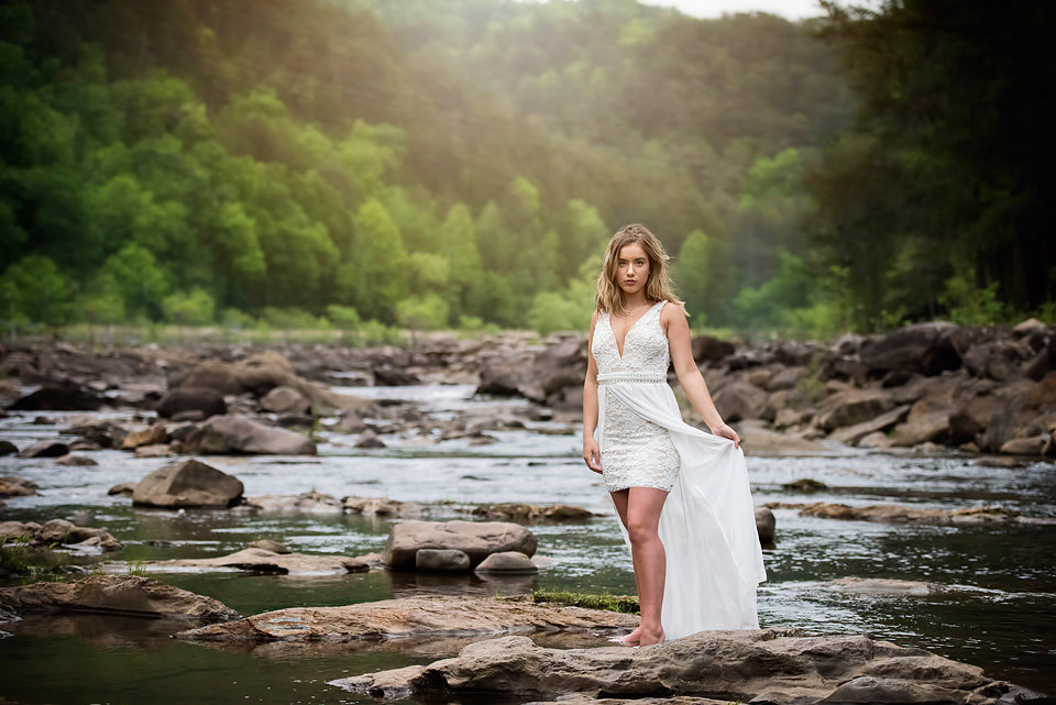 senior_portrait_model_ocoee_whitewater_center