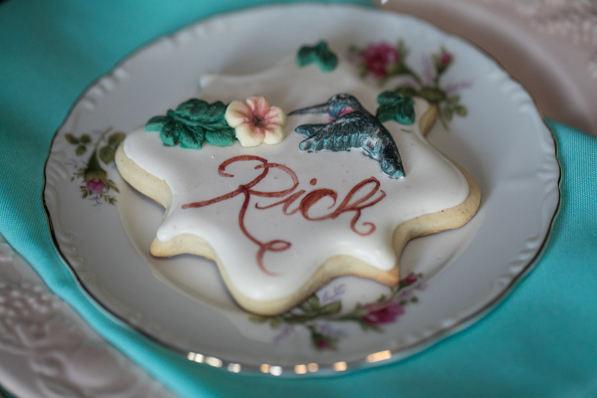Hummingbird cookie