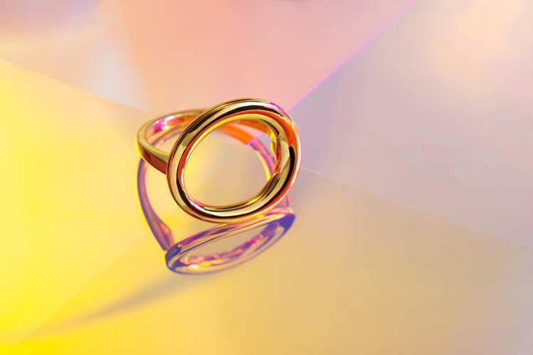 jewellery-photography-vancouver--gold-jewellery-ring